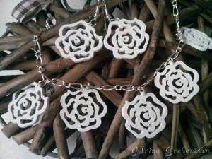 Set Cercei bratara trandafiri lemn