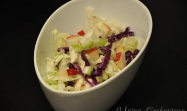 Salata de varza cu apio si mar